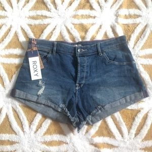 NWT Roxy My Boyfriend Short Dark Sz 28